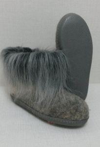 Тапочки ручной валки с меховой опушкой