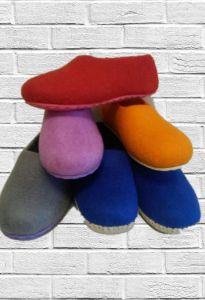 Тапочки валяные цветные